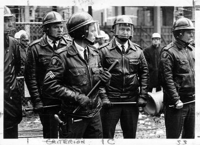 Black and white photo of Somerville Police at the dormitory construction site, November 1969.